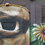 Wand hat Augen